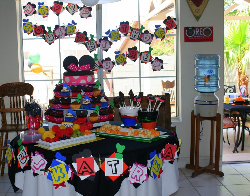 Excellent Mickey Mouse Clubhouse Birthday Party 800 x 628 · 165 kB · jpeg