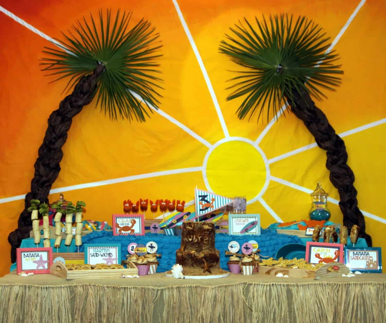 Vintage Beach Party: Amy Atlas Feature