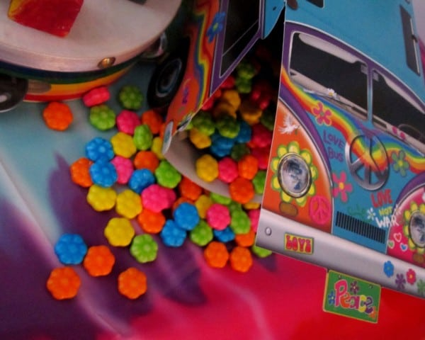 bus candy