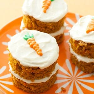 54ef897fea110_-_mini-carrot-cakes-recipe-lg
